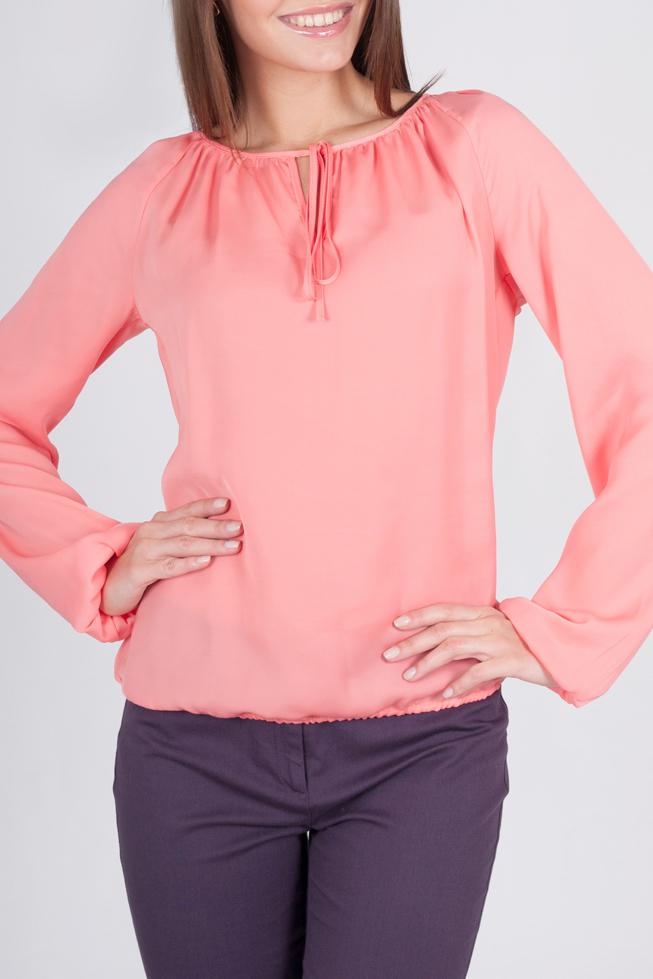 БлузкаБлузки<br>Прекрасная блузка с длинными рукавами. Модель выполнена из приятного материала. Отличный выбор для любого случая.  44 размер: длина по спинке - 59 см;  52 размер: длина по спинке - 60 см;  Цвет: коралловый  Рост девушки-фотомодели 170 см<br><br>Горловина: С- горловина<br>По материалу: Шифон<br>По образу: Город,Свидание<br>По рисунку: Однотонные<br>По сезону: Весна,Зима,Лето,Осень,Всесезон<br>По силуэту: Полуприталенные<br>По стилю: Повседневный стиль<br>Рукав: Длинный рукав<br>Размер : 54,56,58,60,62<br>Материал: Шифон<br>Количество в наличии: 5