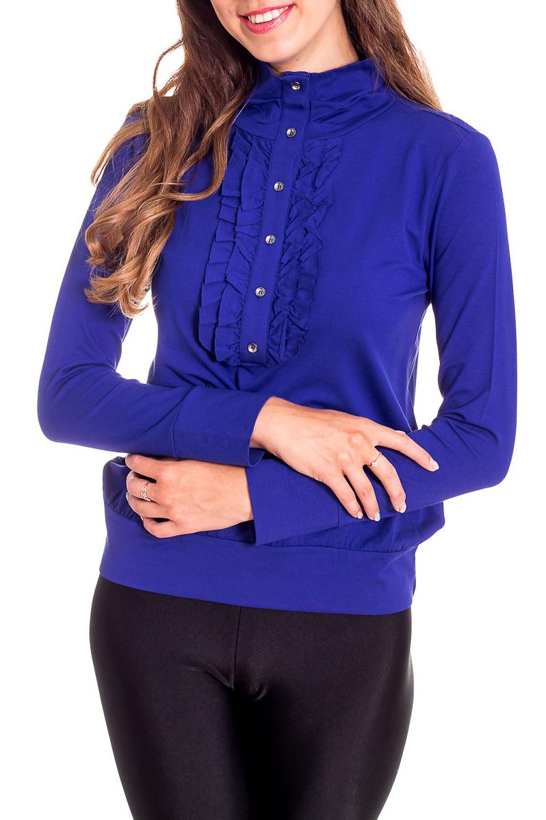 БлузкаБлузки<br>Однотонная блузка с длинными рукавами. Модель выполнена из мягкого трикотажа. Отличный выбор для повседневного и делового гардероба.  Цвет: синий  Рост девушки-фотомодели 170 см<br><br>Воротник: Стойка<br>По материалу: Вискоза,Трикотаж<br>По рисунку: Однотонные<br>По сезону: Весна,Зима,Лето,Осень,Всесезон<br>По силуэту: Полуприталенные<br>По стилю: Офисный стиль,Повседневный стиль<br>По элементам: С воланами и рюшами,С декором<br>Рукав: Длинный рукав<br>Размер : 44,48<br>Материал: Трикотаж<br>Количество в наличии: 2