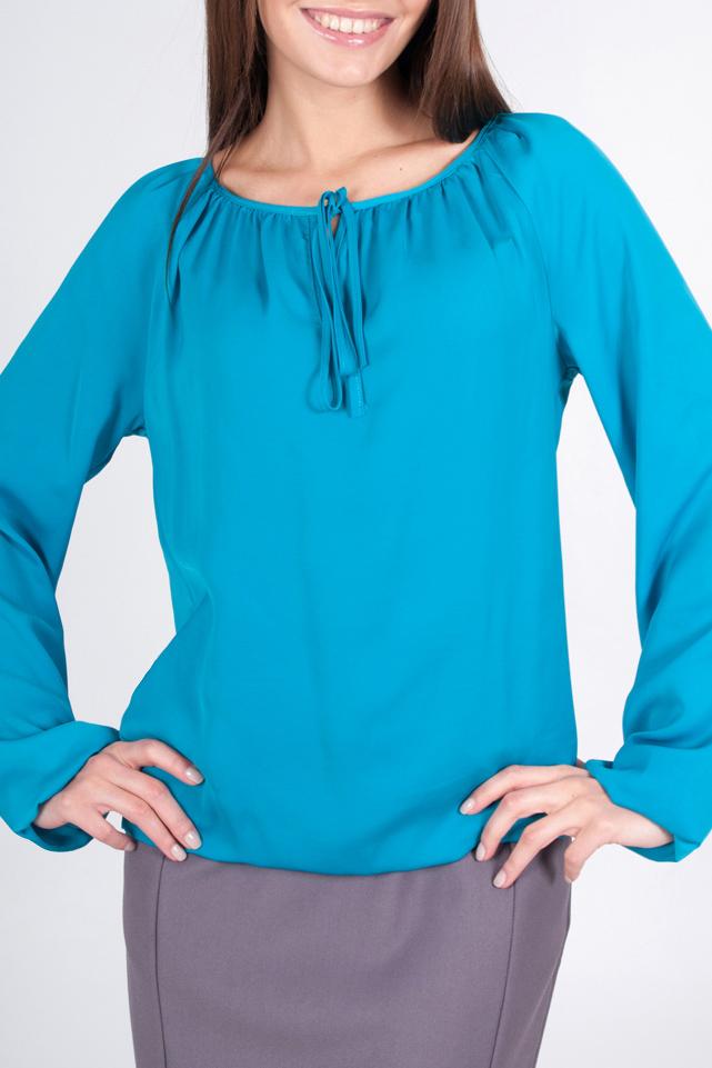 БлузкаБлузки<br>Прекрасная блузка с длинными рукавами. Модель выполнена из приятного материала. Отличный выбор для любого случая.  44 размер: длина по спинке - 59 см;  52 размер: длина по спинке - 60 см;  Цвет: голубой  Рост девушки-фотомодели 170 см<br><br>Горловина: С- горловина<br>По материалу: Шифон<br>По рисунку: Однотонные<br>По сезону: Весна,Зима,Лето,Осень,Всесезон<br>По силуэту: Полуприталенные<br>По стилю: Повседневный стиль<br>Рукав: Длинный рукав<br>Размер : 44,52,56,58<br>Материал: Шифон<br>Количество в наличии: 4