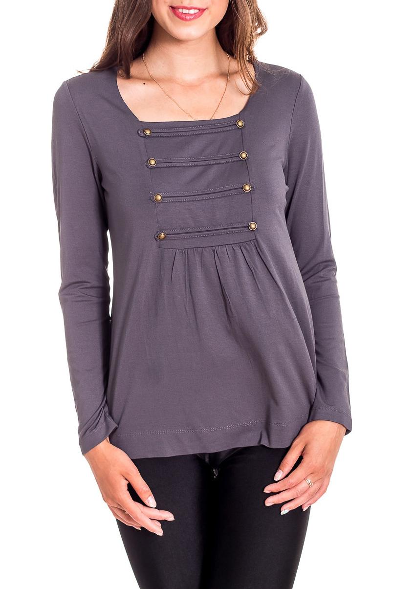 БлузкаБлузки<br>Однотонная блузка в гвардейском стиле с длинными рукавами. Модель выполнена из мягкого трикотажа. Отличный выбор для повседневного и делового гардероба.  Цвет: серый  Рост девушки-фотомодели 170 см<br><br>Горловина: С- горловина<br>По материалу: Вискоза,Трикотаж<br>По рисунку: Однотонные<br>По сезону: Весна,Зима,Лето,Осень,Всесезон<br>По силуэту: Приталенные<br>По стилю: Офисный стиль,Повседневный стиль<br>По элементам: С декором,С отделочной фурнитурой<br>Рукав: Длинный рукав<br>Размер : 44,46,48<br>Материал: Трикотаж<br>Количество в наличии: 3