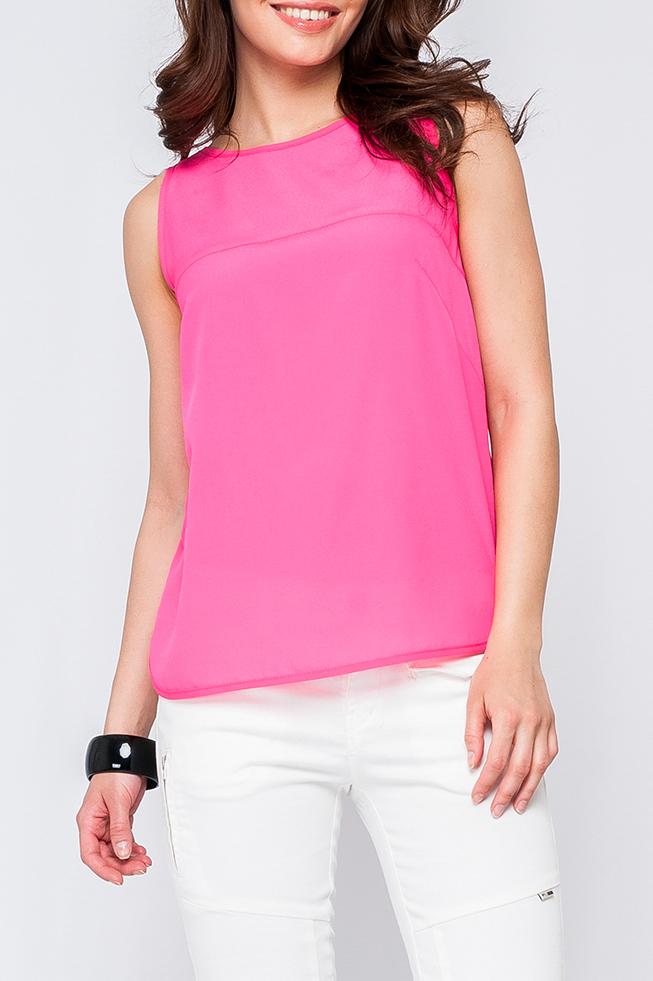 БлузкаБлузки<br>Женская блуза из легкой ткани, модель свободного покроя, нежный цвет подойдет как и для романтического свидания так и для деловой встречи, идеально будет сочетаться как с юбкой, так и с брюками.  Украшение в комплект не входит.   Параметры размеров: 44 размер: обхват груди - 98 см, длина по спинке 58,5 см;   52 размер: обхват груди - 114 см, длина по спинке 58,5 см.  Цвет: розовый  Рост девушки-фотомодели 170 см<br><br>Горловина: С- горловина<br>По материалу: Тканевые,Шифон<br>По рисунку: Однотонные<br>По сезону: Весна,Зима,Лето,Осень,Всесезон<br>По силуэту: Прямые<br>По стилю: Повседневный стиль,Романтический стиль,Летний стиль<br>Рукав: Без рукавов<br>Размер : 40,42,48,54<br>Материал: Шифон<br>Количество в наличии: 4
