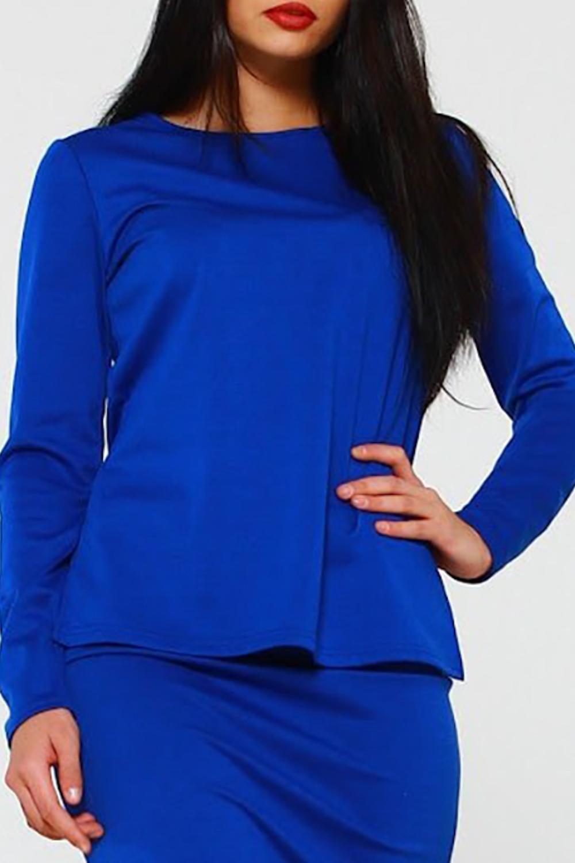 БлузкаБлузки<br>Блуза из плотного трикотажного полотна прямого силуэта с небольшими разрезами по бокам, рукав втачной, длинный.   Идеальный выбор для повседневной носки, и по особому случаю. Эффектная модель подчеркивает лёгкость, женственность и романтичность своей обладательницы    Длина изделия от 59 см до 62 см , в зависимости от размера.  В изделии использованы цвета: синий  Рост девушки-фотомодели 170 см.<br><br>Горловина: С- горловина<br>По материалу: Трикотаж<br>По рисунку: Однотонные<br>По сезону: Весна,Зима,Лето,Осень,Всесезон<br>По силуэту: Прямые<br>По стилю: Кэжуал,Офисный стиль,Повседневный стиль<br>Рукав: Длинный рукав<br>Размер : 42,44,46<br>Материал: Трикотаж<br>Количество в наличии: 3