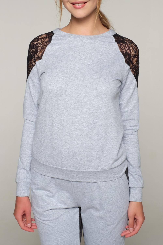 СвитшотДжемперы<br>Красивый свитшот с гипюровыми вставками на плечах. Модель выполнена из приятного трикотажа. Отличный выбор для любого случая.   В изделии использованы цвета: серый, черный  Ростовка изделия 170 см<br><br>Горловина: С- горловина<br>По материалу: Гипюр,Трикотаж,Хлопок<br>По рисунку: Цветные<br>По силуэту: Полуприталенные<br>По стилю: Повседневный стиль<br>По элементам: С манжетами<br>Рукав: Длинный рукав<br>По сезону: Осень,Весна<br>Размер : 42,44,46,48,50<br>Материал: Трикотаж<br>Количество в наличии: 10
