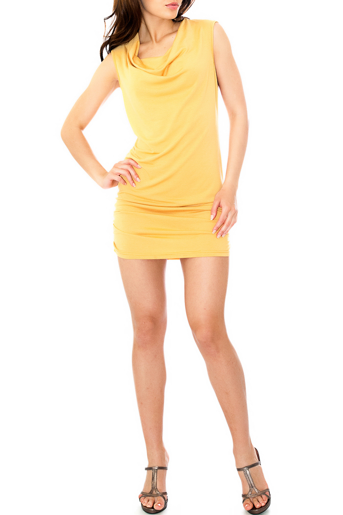ТуникаТуники<br>Изделие из мягкого трикотажа, хорошо тянется.   Параметры изделия: 42 размер: обхват по линии груди - 86см, обхват по бедрам - 74 см, длина по спинке - 83,5см; 48 размер: обхват по линии груди - 94см, обхват по бедрам - 88см, длина по спинке - 85см  Цвет: желтый  Рост девушки-фотомодели 170 см<br><br>Горловина: Качель<br>По материалу: Вискоза,Трикотаж<br>По рисунку: Однотонные<br>По силуэту: Приталенные<br>По стилю: Повседневный стиль<br>Рукав: Без рукавов<br>По сезону: Лето<br>Размер : 44<br>Материал: Вискоза<br>Количество в наличии: 1