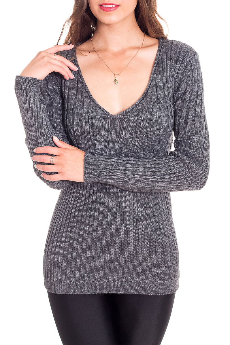 ДжемперДжемперы<br>Однотонный пуловер с длинными рукавами из вязаного трикотажа. Вязаный трикотаж - это красота, тепло и комфорт. В вязанных вещах очень легко оставаться женственной и в то же время не замёрзнуть.  Цвет: серый  Рост девушки-фотомодели 170 см<br><br>Горловина: V- горловина<br>По материалу: Вязаные,Трикотаж<br>По образу: Город<br>По рисунку: Однотонные,Фактурный рисунок<br>По сезону: Всесезон,Зима,Лето,Осень,Весна<br>По силуэту: Приталенные<br>По стилю: Повседневный стиль<br>Рукав: Длинный рукав<br>Размер : 44,46<br>Материал: Вязаное полотно<br>Количество в наличии: 2