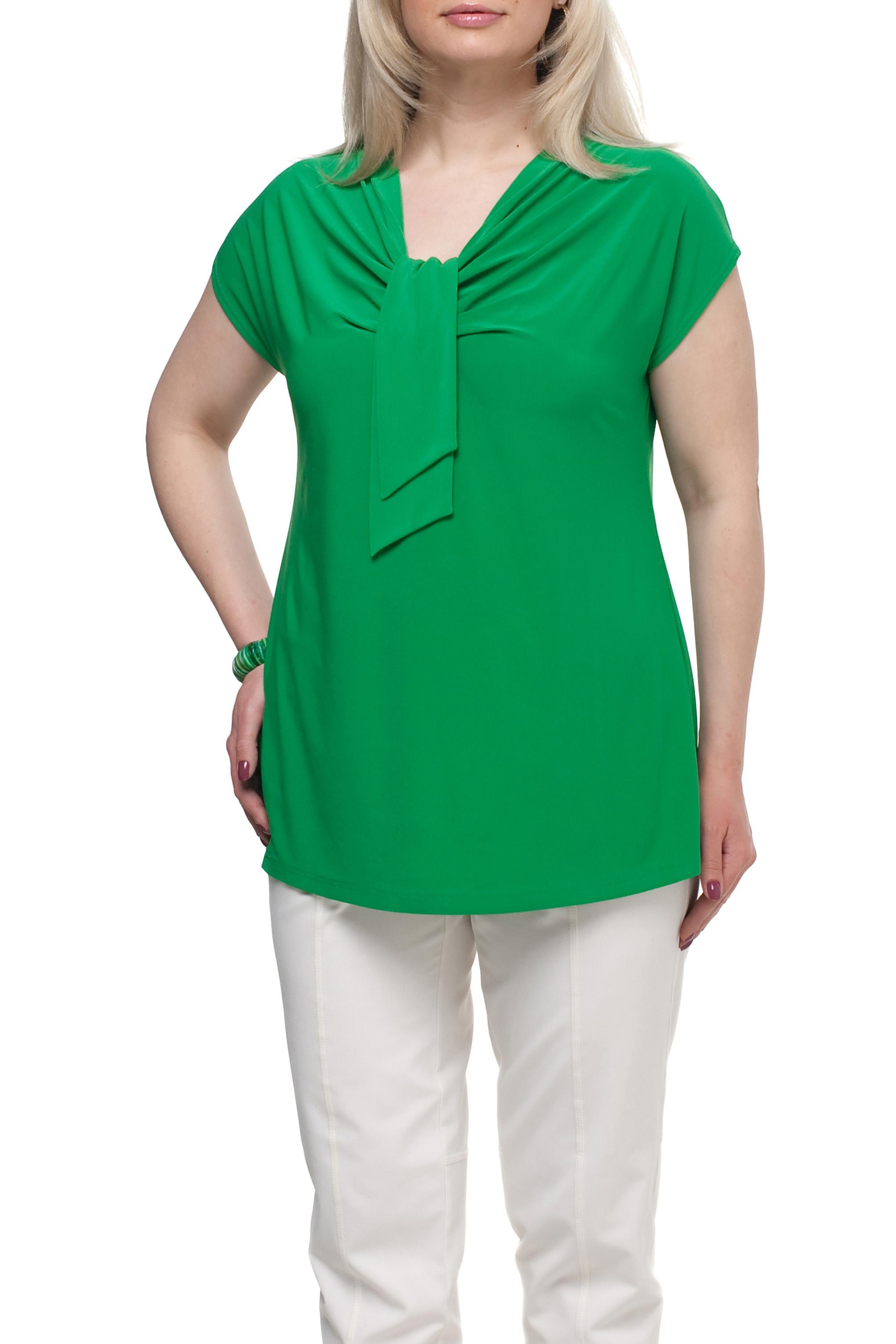 БлузкаБлузки<br>Однотонная женская блузка полуприталенного силуэта с декоративным элементом на груди. Модель выполнена из приятного трикотажа. Отличный выбор для любого случая.  Цвет: зеленый  Рост девушки-фотомодели 173 см<br><br>Горловина: Качель<br>По материалу: Трикотаж<br>По рисунку: Однотонные<br>По сезону: Весна,Зима,Лето,Осень,Всесезон<br>По силуэту: Полуприталенные<br>По стилю: Повседневный стиль<br>По элементам: С декором,Со складками<br>Рукав: Короткий рукав<br>Размер : 66,70,72<br>Материал: Холодное масло<br>Количество в наличии: 4