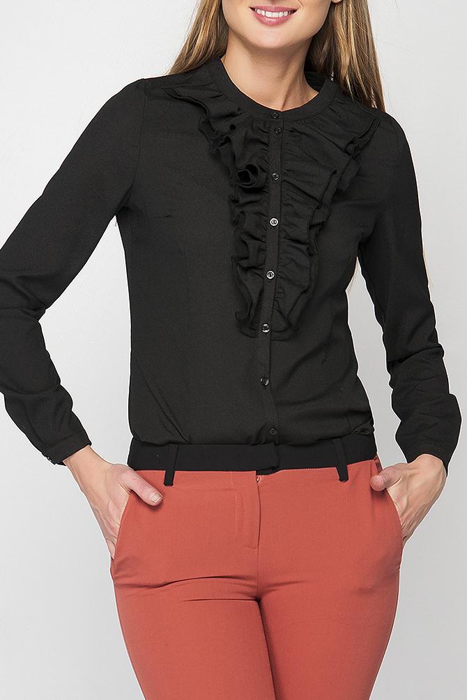 БлузкаБлузки<br>Блузка женская полуприлегающего силуэта с двойным жабо контрастного цвета. Модель имеет застежку на пуговицы. Вырез горловины круглый на плосколежащей стойке. Данную блузку Вы можете носить блузку с однотонными юбками или брюками. Прекрасный выбор на каждый день.   Параметры изделия: 44 размер: обхват по линии груди - 91 см, обхват по линии бедра - 98 см, длина рукава - 59 см, длина изделия - 60 см;  52 размер: обхват по линии груди - 107 см, обхват по линии бедра - 114 см, длина рукава - 59,5 см, длина изделия - 62,5 см.  54 размер: обхват по линии груди - 111 см, обхват по линии бедра - 118 см, длина рукава - 59,5 см, длина изделия - 62 см.  В изделии использованы цвета: черный  Рост девушки-фотомодели 175 см.<br><br>Горловина: С- горловина<br>Застежка: С пуговицами<br>По материалу: Тканевые<br>По рисунку: Однотонные<br>По сезону: Весна,Зима,Лето,Осень,Всесезон<br>По силуэту: Приталенные<br>По стилю: Повседневный стиль<br>По элементам: С воланами и рюшами,С декором,С манжетами<br>Рукав: Длинный рукав<br>Размер : 42,44,46,52,54<br>Материал: Блузочная ткань<br>Количество в наличии: 5