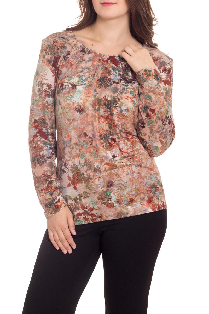 БлузкаБлузки<br>Цветная блузка с длинными рукавами. Модель выполнена из приятного материала. Отличный выбор для повседневного гардероба.  В изделии использованы цвета: бежевый, зеленый и др.  Рост девушки-фотомодели 180 см<br><br>Горловина: С- горловина<br>По материалу: Вискоза<br>По рисунку: С принтом,Цветные<br>По сезону: Весна,Зима,Лето,Осень,Всесезон<br>По силуэту: Полуприталенные<br>По стилю: Повседневный стиль<br>Рукав: Длинный рукав<br>Размер : 62,64<br>Материал: Вискоза<br>Количество в наличии: 2