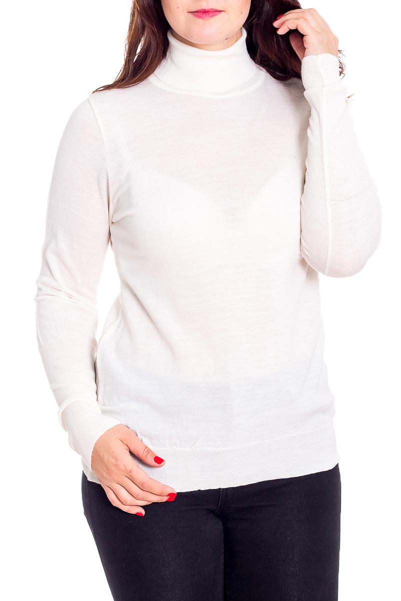ВодолазкаВодолазки<br>Однотонная водолазка с длинными рукавами. Модель выполнена из мягкого трикотажа. Отличный выбор для базового гардероба.  Цвет: молочный  Рост девушки-фотомодели 180 см<br><br>Воротник: Стойка<br>По материалу: Трикотаж<br>По рисунку: Однотонные<br>По силуэту: Приталенные<br>По стилю: Офисный стиль,Повседневный стиль<br>Рукав: Длинный рукав<br>По сезону: Осень,Весна<br>Размер : 52<br>Материал: Трикотаж<br>Количество в наличии: 1
