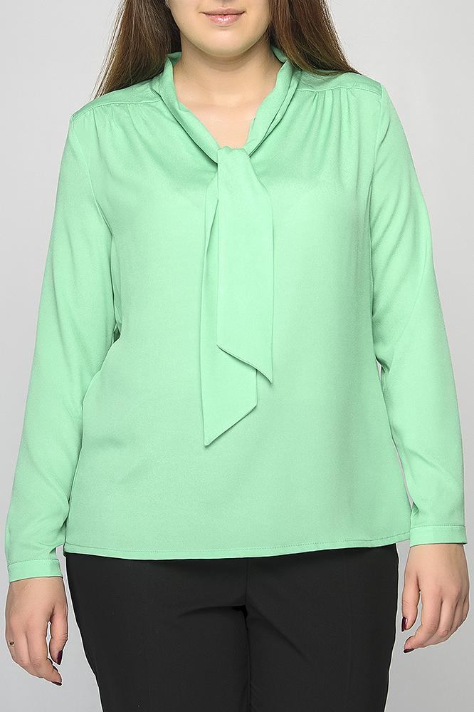 БлузкаБлузки<br>Блузка прямого силуэта, длиной до бедер. Горловина оформлена воротником-галстуком. Рукав длинный на манжете с пуговицей. По спинке декоративная кокетка. Замечательный выбор для яркого образа. Модель подойдет к узким брюкам и юбкам.   Параметры изделия:  52 размер: обхват по линии груди - 116 см, обхват по линии бедра - 118 см, длина рукава - 60 см, длина изделия - 64 см;  60 размер: обхват по линии груди - 134 см, обхват по линии бедра - 137 см, длина рукава - 60,5 см, длина изделия - 66 см.  В изделии использованы цвета: зеленый  Рост девушки-фотомодели 175 см.<br><br>По материалу: Блузочная ткань,Тканевые<br>По образу: Город,Свидание<br>По рисунку: Однотонные<br>По сезону: Весна,Зима,Лето,Осень,Всесезон<br>По силуэту: Прямые<br>По стилю: Повседневный стиль<br>Рукав: Длинный рукав<br>Размер : 60<br>Материал: Блузочная ткань<br>Количество в наличии: 1