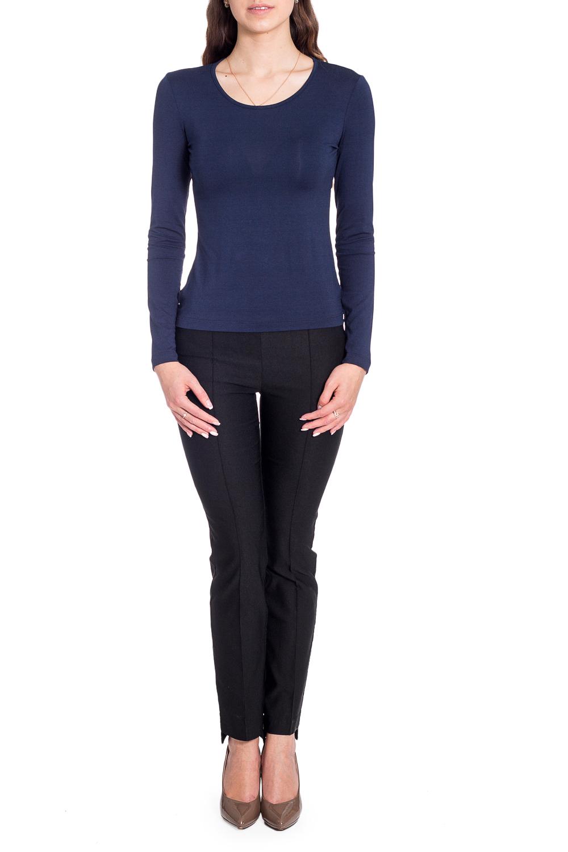 ДжемперЛонгсливы<br>Однотонный лонгслив с круглой горловиной и длинными рукавами. Модель выполнена из мягкой вискозы. Отличный выбор для базового гардероба.   Цвет: темно-синий  Рост девушки-фотомодели 170 см<br><br>Горловина: С- горловина<br>По рисунку: Однотонные<br>По сезону: Весна,Зима,Лето,Осень,Всесезон<br>По силуэту: Полуприталенные<br>По стилю: Классический стиль,Офисный стиль,Повседневный стиль<br>Рукав: Длинный рукав<br>Размер : 44,46,54<br>Материал: Вискоза<br>Количество в наличии: 5