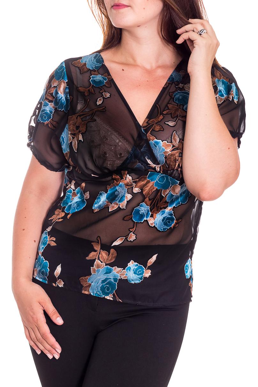БлузкаБлузки<br>Эффектная блузка с цветочным принтом. Модель выполнена из воздушного шифона. Отличный выбор для повседневного гардероба.  В изделии использованы цвета: синий, голубой и др.  Рост девушки-фотомодели 180 см.<br><br>Горловина: V- горловина<br>По материалу: Шифон<br>По образу: Город<br>По рисунку: Растительные мотивы,С принтом,Цветные,Цветочные<br>По сезону: Весна,Зима,Лето,Осень,Всесезон<br>По силуэту: Приталенные<br>По стилю: Повседневный стиль<br>Рукав: Короткий рукав<br>Размер : 48,50,52,54,56,58<br>Материал: Шифон<br>Количество в наличии: 13