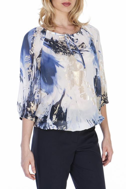 БлузкаБлузки<br>Цветная блузка свободного силуэта. Модель выполнена из воздушного шифона. Отличный выбор для любого случая.  В изделии использованы цвета: белый, синий, серый и др.  Ростовка изделия 170 см.<br><br>Горловина: С- горловина<br>По материалу: Шифон<br>По образу: Город,Свидание<br>По рисунку: С принтом,Цветные<br>По сезону: Весна,Зима,Лето,Осень,Всесезон<br>По силуэту: Свободные<br>По стилю: Повседневный стиль<br>Рукав: Рукав три четверти<br>Размер : 44,46,48,50,52<br>Материал: Шифон<br>Количество в наличии: 5