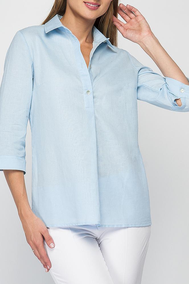 РубашкаРубашки<br>Блуза-рубашка из льна прямого силуэта. Горловина оформлена классическим отложным воротником на отрезной стойке. До середины переда расположена планка-застежка на пуговицы, переходящая ниже в складку. Укороченные рукава оформлены манжетами на пуговице.  Параметры изделия:  44 размер: обхват груди - 96 см, длина рукава - 44 см, длина изделия - 66 см  В изделии использованы цвета: голубой  Рост девушки-фотомодели 175 см.<br><br>Воротник: Рубашечный<br>Застежка: С пуговицами<br>По материалу: Лен<br>По рисунку: Однотонные<br>По сезону: Весна,Зима,Лето,Осень,Всесезон<br>По силуэту: Прямые<br>По стилю: Кэжуал,Офисный стиль,Повседневный стиль<br>Рукав: Рукав три четверти<br>Размер : 44,46,48,50,54<br>Материал: Лен<br>Количество в наличии: 5