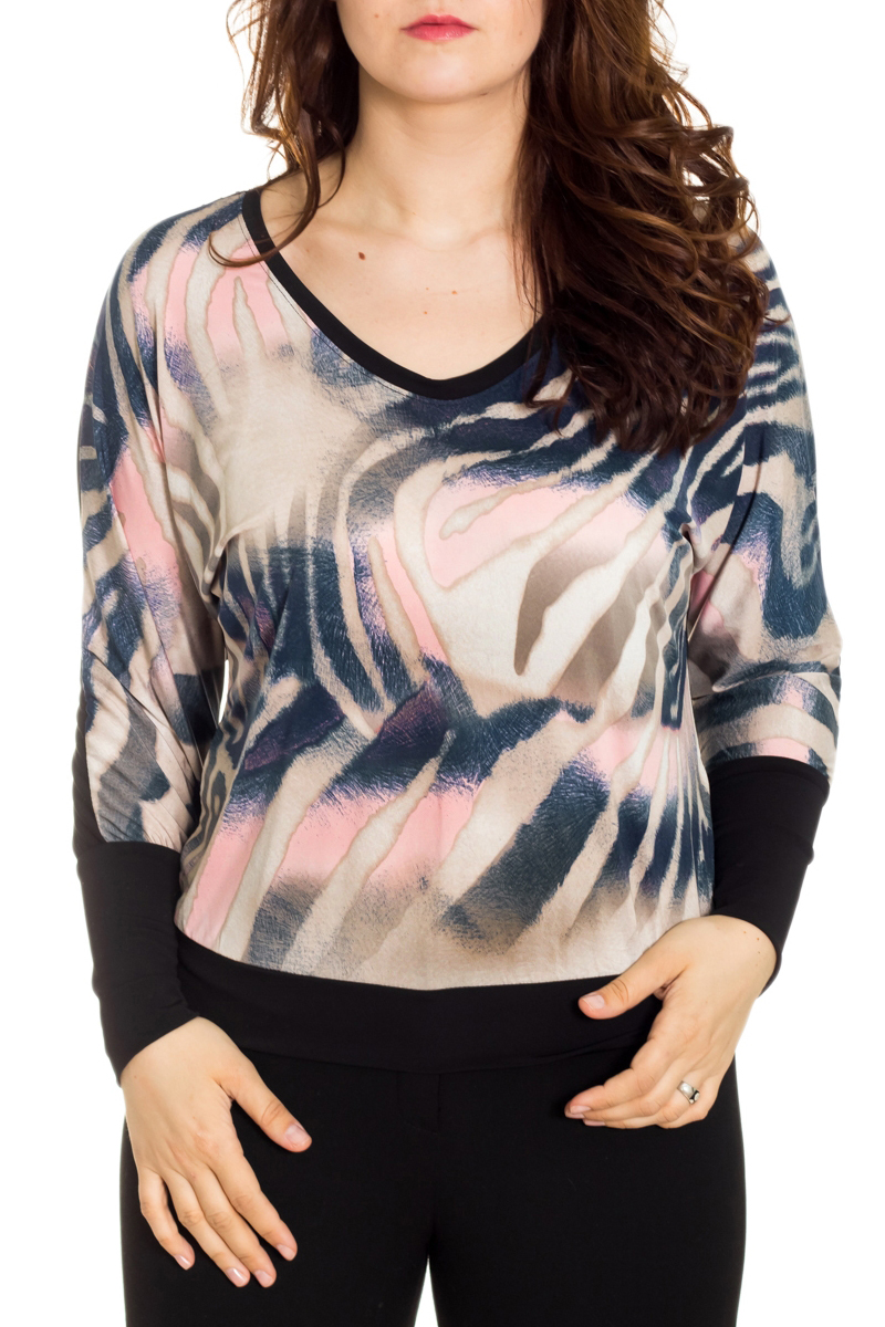 БлузкаБлузки<br>Чудесная женская блузка из приятного к телу материала станет прекрасным дополнением к Вашему гардеробу. Рукава длинный с манжетой.  Цвет: черный, розовый, бежевый, синий, белый  Рост девушки-фотомодели 180 см.<br><br>Горловина: С- горловина<br>По материалу: Гипюр,Трикотаж<br>По образу: Город<br>По рисунку: С принтом,Цветные<br>По сезону: Весна,Зима,Лето,Осень,Всесезон<br>По силуэту: Свободные<br>По стилю: Повседневный стиль<br>По элементам: С манжетами<br>Рукав: Длинный рукав<br>Размер : 48,50,54<br>Материал: Холодное масло + Гипюр<br>Количество в наличии: 3