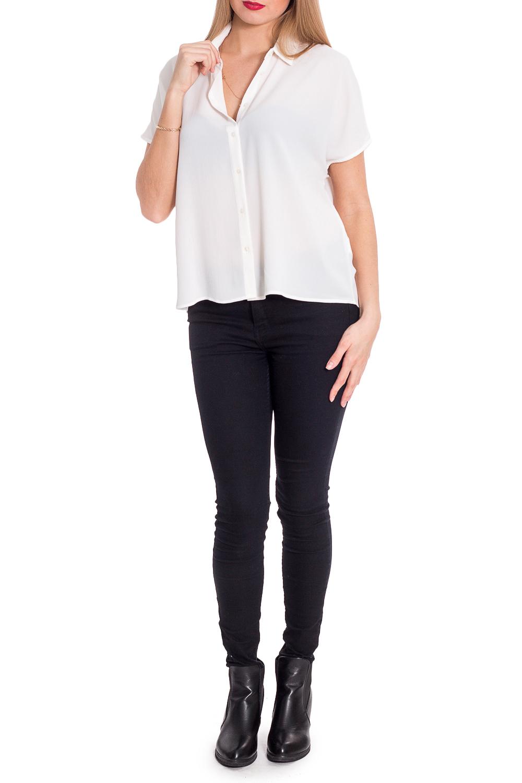 БлузкаБлузки<br>Однотонная блузка свободного силуэта с короткими рукавами. Модель выполнена из приятного материала. Отличный выбор для повседневного и делового гардероба.  В изделии использованы цвета: белый  Рост девушки-фотомодели 170 см.<br><br>Воротник: Рубашечный<br>Горловина: V- горловина<br>Рукав: Короткий рукав<br>Материал: Тканевые<br>Рисунок: Однотонные<br>Сезон: Весна,Всесезон,Зима,Лето,Осень<br>Силуэт: Прямые<br>Стиль: Классический стиль,Кэжуал,Офисный стиль,Повседневный стиль,Летний стиль<br>Размер : 46,48<br>Материал: Блузочная ткань<br>Количество в наличии: 3