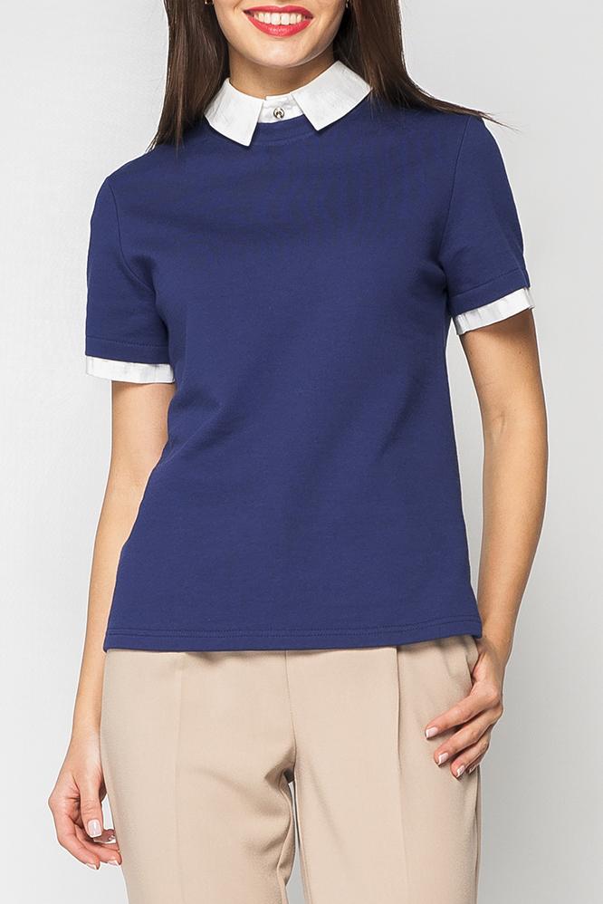 ДжемперДжемперы<br>Джемпер трикотажный свободного силуэта с эффектом quot;двойкиquot;. модель с отложным воротничком белого цвета с застежкой-пуговицей на шее. Рукав короткий с манжетой белого цвета, Модель отлично комбинируется с классическими юбками, брюками и джинсами различных расцветок. Прекрасный выбор для прогулок и отдыха.  Параметры изделия:  44 размер: полуобхват по линии груди - 48 см, полуобхват по линии бедра 49 - см, длина спинки 61 - см, длина рукава - 21 см;  52 размер: полуобхват по линии груди - 56 см, полуобхват по линии бедра 57 - см, длина спинки 64,5 - см, длина рукава - 21 см.  В изделии использованы цвета: синий, белый.  Рост девушки-фотомодели 170 см.<br><br>По материалу: Трикотаж<br>По рисунку: Цветные<br>По силуэту: Прямые<br>По стилю: Кэжуал,Офисный стиль,Повседневный стиль<br>По элементам: С декором<br>Рукав: Короткий рукав<br>По сезону: Осень,Весна<br>Размер : 44<br>Материал: Трикотаж<br>Количество в наличии: 1