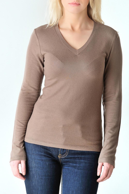 ПуловерДжемперы<br>Классический пуловер из приятного трикотажа с длинными рукавами. Цвет: бежево-коричневый.<br><br>По материалу: Вискоза,Трикотаж<br>По образу: Город,Офис,Свидание<br>По рисунку: Однотонные<br>По сезону: Весна,Осень<br>По силуэту: Приталенные<br>Рукав: Длинный рукав<br>По стилю: Повседневный стиль<br>Горловина: V- горловина<br>Размер : 44,48,52<br>Материал: Трикотаж<br>Количество в наличии: 7
