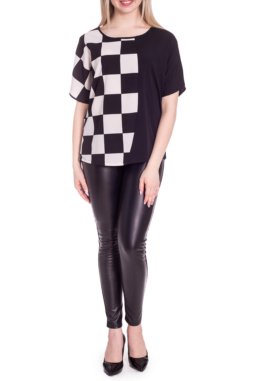 БлузкаБлузки<br>Чудесная блузка свободного силуэта. Модель выполнена из приятного материала. Отличный выбор для повседневного гардероба.  В изделии использованы цвета: черный, белый  Рост девушки-фотомодели 170 см.<br><br>Горловина: С- горловина<br>По материалу: Тканевые<br>По рисунку: В клетку,С принтом,Цветные<br>По сезону: Весна,Зима,Лето,Осень,Всесезон<br>По силуэту: Прямые<br>По стилю: Повседневный стиль<br>Рукав: До локтя,Короткий рукав<br>Размер : 44,48,50,52<br>Материал: Блузочная ткань<br>Количество в наличии: 4