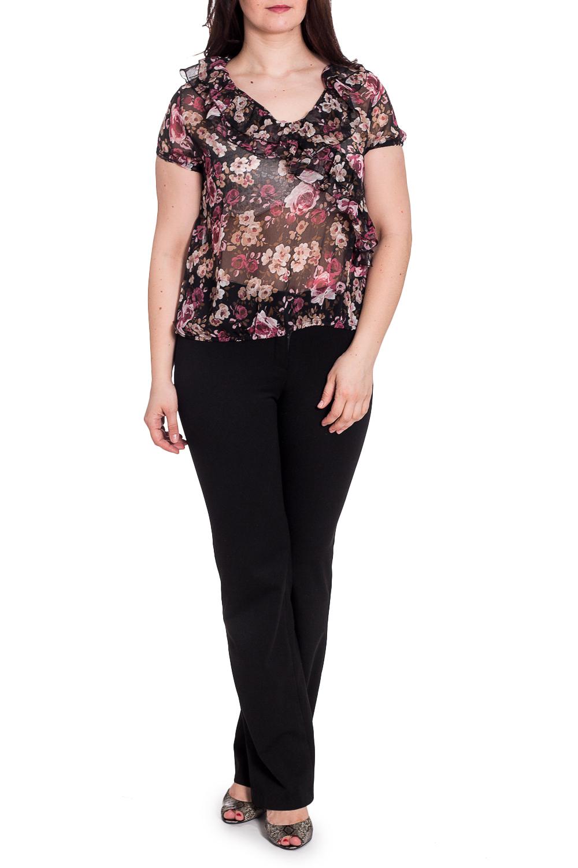 БлузкаБлузки<br>Полупрозрачная блузка из воздушного шифона с цветочным принтом. Отличный выбор для любого случая.  В изделии использованы цвета: черный, розовый, бежевый и др.  Рост девушки-фотомодели 180 см<br><br>Горловина: С- горловина<br>По материалу: Шифон<br>По рисунку: Растительные мотивы,С принтом,Цветные,Цветочные<br>По сезону: Весна,Зима,Лето,Осень,Всесезон<br>По силуэту: Свободные<br>По стилю: Повседневный стиль<br>По элементам: С воланами и рюшами<br>Рукав: Короткий рукав<br>Размер : 46,48,52<br>Материал: Шифон<br>Количество в наличии: 3