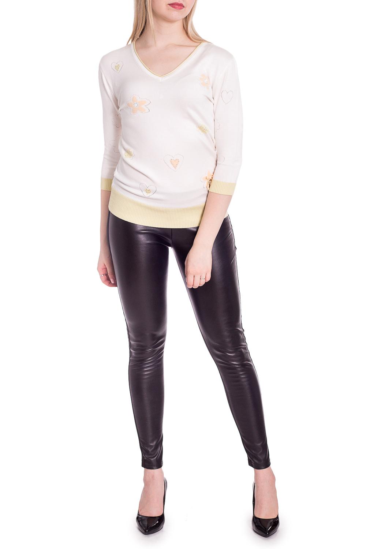 БлузкаБлузки<br>Цветная блузка с V-образной горловиной и рукавами 3/4. Модель выполнена из приятного материала. Отличный выбор для повседневного гардероба.  В изделии использованы цвета: молочный, желтый  Рост девушки-фотомодели 170 см.<br><br>Горловина: V- горловина<br>По материалу: Вискоза,Трикотаж<br>По рисунку: С принтом,Цветные<br>По сезону: Весна,Зима,Лето,Осень,Всесезон<br>По силуэту: Приталенные<br>По стилю: Повседневный стиль<br>По элементам: С декором<br>Рукав: Рукав три четверти<br>Размер : 44-46,48-50<br>Материал: Трикотаж<br>Количество в наличии: 2
