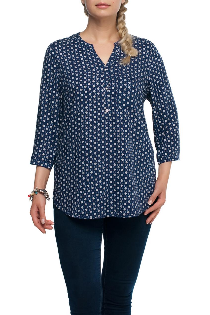 БлузаБлузки<br>Цветная блузка с рукавами до локтя. Модель выполнена из хлопкового материала. Отличный выбор для любого случая.  В изделии использованы цвета: синий, белый и др.  Рост девушки-фотомодели 173 см.<br><br>Горловина: Фигурная горловина<br>Рукав: До локтя<br>Застежка: С пуговицами<br>Материал: Хлопок,Тканевые<br>Рисунок: Растительные мотивы,С принтом,Цветные,Цветочные<br>Сезон: Весна,Осень,Всесезон,Зима,Лето<br>Силуэт: Полуприталенные<br>Стиль: Повседневный стиль<br>Размер : 48,50,62,66,68<br>Материал: Блузочная ткань<br>Количество в наличии: 7
