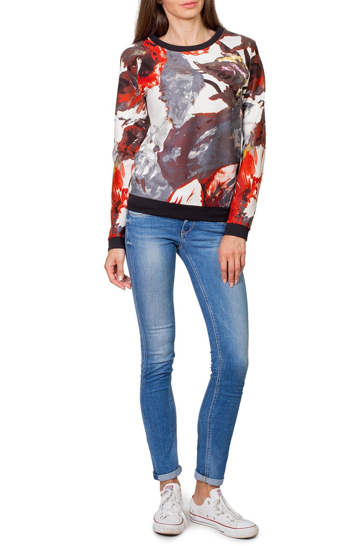 ДжемперДжемперы<br>Превосходный джемпер с длинным рукавом и округлой горловиной выполнен из трикотажного полотна тонкой вязки. Полуприталенный силуэт. Прекрасно подойдет к джинсам и брюкам.  Цвет: белый, красный, коричневый, черный  Рост девушки-фотомодели 182 см.<br><br>Горловина: С- горловина<br>По материалу: Вискоза,Трикотаж<br>По рисунку: Цветные,Цветочные,С принтом<br>По сезону: Весна,Осень<br>По силуэту: Полуприталенные<br>По стилю: Повседневный стиль,Молодежный стиль<br>Рукав: Длинный рукав<br>По элементам: С манжетами<br>Размер : 42,44,48,50,52<br>Материал: Джерси<br>Количество в наличии: 8