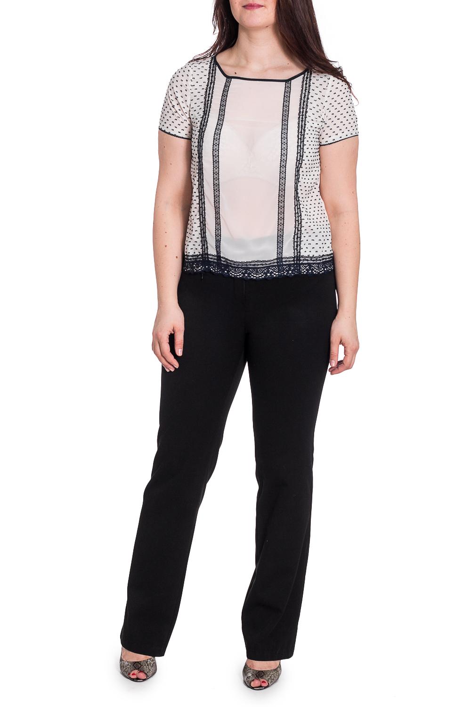 БлузкаБлузки<br>Нарядная блузка с декором из гипюра. Модель выполнена из воздушного шифона. Отличный выбор для любого случая.  В изделии использованы цвета: молочный, темно-синий  Рост девушки-фотомодели 180 см.<br><br>Горловина: Фигурная горловина<br>По материалу: Шифон<br>По рисунку: С принтом,Цветные<br>По сезону: Весна,Зима,Лето,Осень,Всесезон<br>По силуэту: Прямые<br>По стилю: Нарядный стиль,Повседневный стиль<br>По элементам: С декором<br>Рукав: Короткий рукав<br>Размер : 48<br>Материал: Шифон<br>Количество в наличии: 1