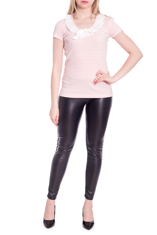БлузкаБлузки<br>Цветная блузка с короткими рукавами. Модель выполнена из приятного материала. Отличный выбор для повседневного гардероба.  В изделии использованы цвета: розовый, белый  Рост девушки-фотомодели 170 см.<br><br>Горловина: С- горловина<br>По материалу: Трикотаж,Хлопок<br>По рисунку: В полоску,Цветные<br>По сезону: Весна,Зима,Лето,Осень,Всесезон<br>По силуэту: Приталенные<br>По стилю: Повседневный стиль<br>По элементам: С декором<br>Рукав: Короткий рукав<br>Размер : 46,48,50<br>Материал: Трикотаж<br>Количество в наличии: 3