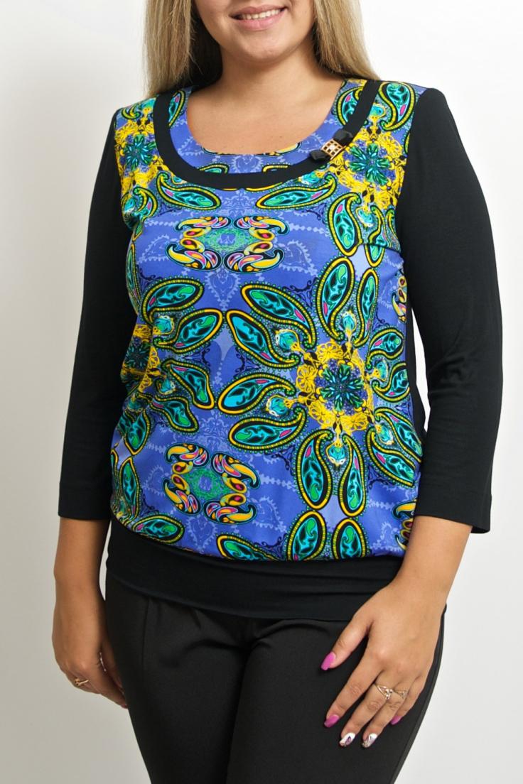 БлузкаБлузки<br>Яркая блузка с укороченными рукавами. Модель выполнена из приятного трикотажа. Отличный выбор для повседневного гардероба.  В изделии использованы цвета: черный, синий и др.  Ростовка изделия 170 см.<br><br>Горловина: С- горловина<br>По материалу: Вискоза,Трикотаж<br>По образу: Город<br>По рисунку: Абстракция,С принтом,Цветные<br>По сезону: Весна,Зима,Лето,Осень,Всесезон<br>По силуэту: Полуприталенные<br>По стилю: Повседневный стиль<br>По элементам: С декором<br>Рукав: Рукав три четверти<br>Размер : 44-46,48-50,52-56,58-62,64-68<br>Материал: Вискоза<br>Количество в наличии: 7