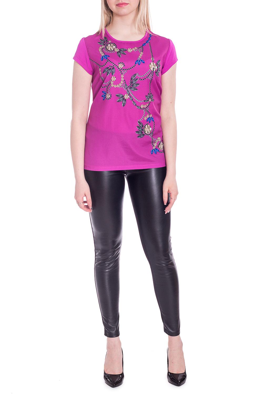БлузкаБлузки<br>Цветная блузка с принтом. Модель выполнена из мягкой вискозы. Отличный выбор для любого случая.В изделии использованы цвета: фуксия и др.Рост девушки-фотомодели 170 см<br><br>Горловина: С- горловина<br>Рукав: Короткий рукав<br>Материал: Вискоза<br>Рисунок: С принтом,Цветные<br>Сезон: Весна,Всесезон,Зима,Лето,Осень<br>Силуэт: Полуприталенные<br>Стиль: Повседневный стиль<br>Размер : 44,46,50,52<br>Материал: Вискоза<br>Количество в наличии: 4