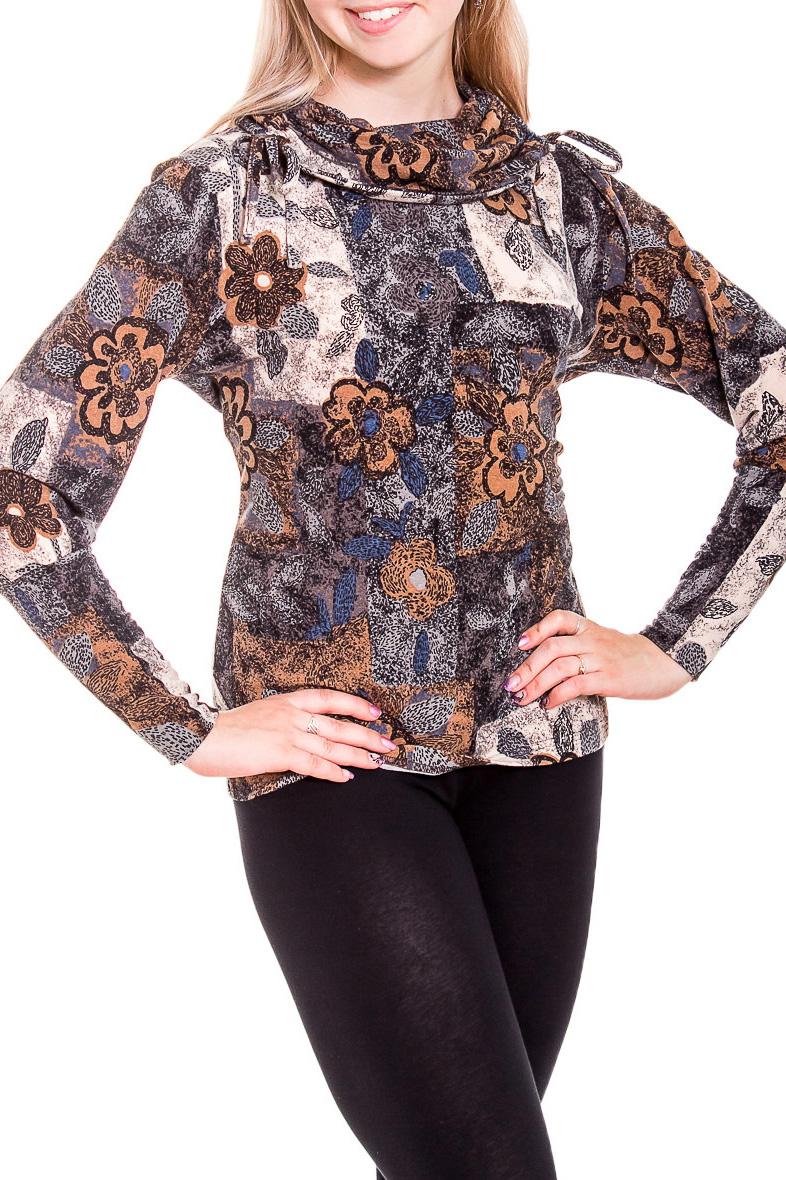 БлузкаБлузки<br>Вариант для любительниц фантазийных расцветок и интересных силуэтных решений: блуза из приятного трикотажа с объемным воротником и длинными рукавами.  В изделии использованы цвета: коричневый, бежевый  Рост девушки-фотомодели 170 см.<br><br>Воротник: Хомут<br>По материалу: Трикотаж<br>По рисунку: С принтом,Цветные<br>По сезону: Весна,Зима,Лето,Осень,Всесезон<br>По силуэту: Полуприталенные<br>По стилю: Повседневный стиль<br>Рукав: Длинный рукав<br>Размер : 46<br>Материал: Трикотаж<br>Количество в наличии: 1