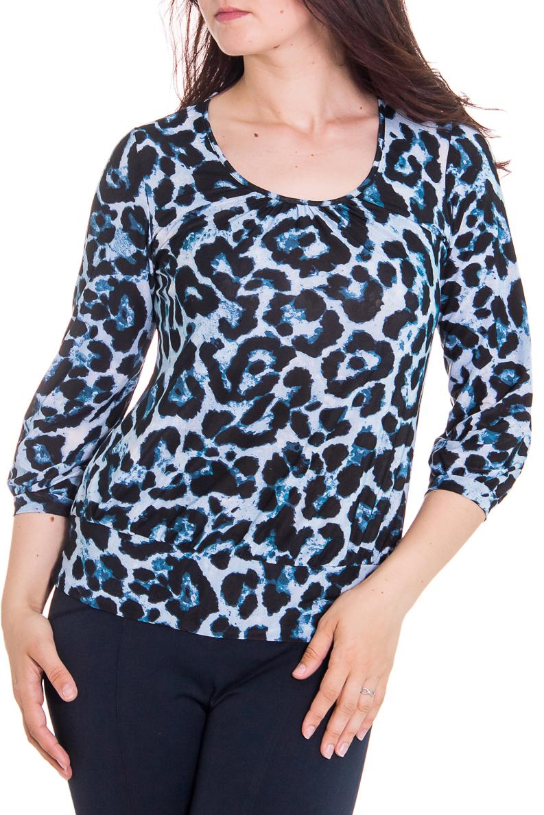 БлузкаБлузки<br>Женская блузка с круглой горловиной и рукавами 3/4. Модель выполнена из приятного трикотажа. Отличный выбор для повседневного гардероба.  Цвет: голубой, черный, белый  Рост девушки-фотомодели - 180 см<br><br>Горловина: С- горловина<br>По образу: Город,Свидание<br>По рисунку: Леопард,Цветные,С принтом<br>По сезону: Весна,Всесезон,Зима,Лето,Осень<br>По силуэту: Полуприталенные<br>Рукав: Рукав три четверти<br>По материалу: Трикотаж<br>По стилю: Повседневный стиль<br>Размер : 52<br>Материал: Холодное масло<br>Количество в наличии: 1