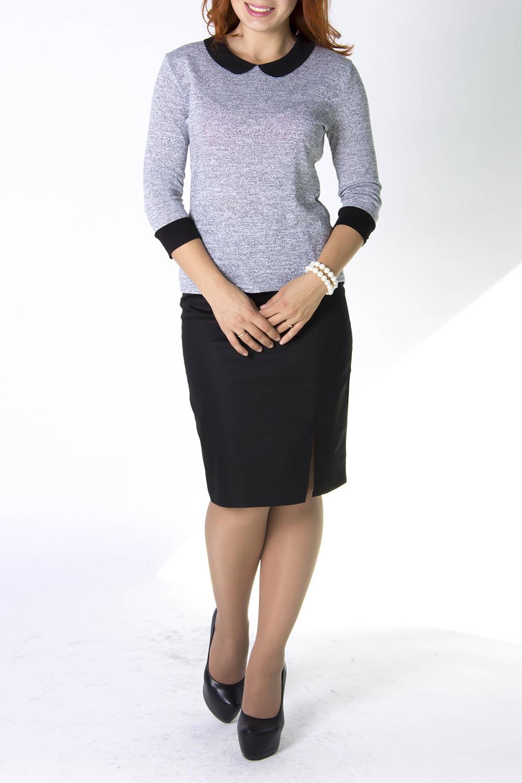 БлузкаБлузки<br>Трикотажная блузка с контрастными рукавами и манжетами. Модель выполнена из приятного трикотажа. Отличный выбор для повседневного и делового гардероба.   В изделии использованы цвета: серый, черный  Ростовка изделия 170 см<br><br>Воротник: Отложной<br>Горловина: С- горловина<br>По материалу: Трикотаж<br>По рисунку: Однотонные<br>По сезону: Весна,Зима,Лето,Осень,Всесезон<br>По силуэту: Приталенные<br>По стилю: Кэжуал,Повседневный стиль<br>По элементам: С манжетами,С фигурным низом<br>Рукав: Рукав три четверти<br>Размер : 50<br>Материал: Трикотаж<br>Количество в наличии: 1
