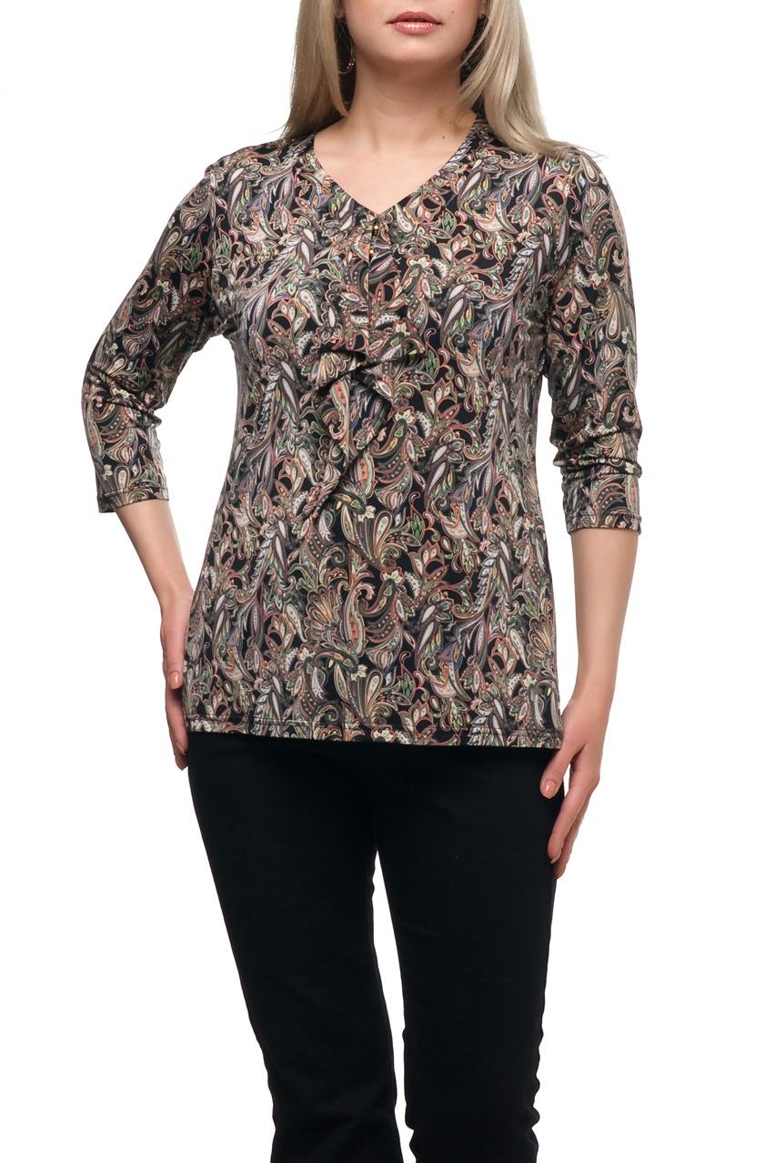 БлузкаБлузки<br>Чудесная блузка с V-образной горловиной и рукавами 3/4. Модель выполнена из приятного материала. Отличный выбор для любого случая.  В изделии использованы цвета: черный, бежевый и др.  Рост девушки-фотомодели 173 см.<br><br>Горловина: V- горловина<br>По материалу: Трикотаж<br>По рисунку: С принтом,Цветные,Этнические<br>По сезону: Весна,Зима,Лето,Осень,Всесезон<br>По силуэту: Приталенные<br>По стилю: Повседневный стиль<br>Рукав: Рукав три четверти<br>Размер : 48,52,54,56,58,62,64,66,70<br>Материал: Холодное масло<br>Количество в наличии: 9