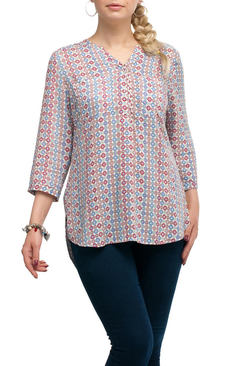 БлузкаБлузки<br>Удлиненная блузка прямого силуэта с фигурной горловиной. Модель выполнена из хлопкового материала. Отличный выбор для повседневного гардероба.   В изделии использованы цвета: молочный, голубой, розовый  Рост девушки-фотомодели 173 см.<br><br>Горловина: Фигурная горловина<br>Застежка: С пуговицами<br>По материалу: Хлопок<br>По рисунку: С принтом,Цветные<br>По сезону: Весна,Зима,Лето,Осень,Всесезон<br>По силуэту: Прямые<br>По стилю: Повседневный стиль<br>По элементам: С фигурным низом<br>Рукав: Рукав три четверти<br>Размер : 48,50,56,62,68<br>Материал: Хлопок<br>Количество в наличии: 5