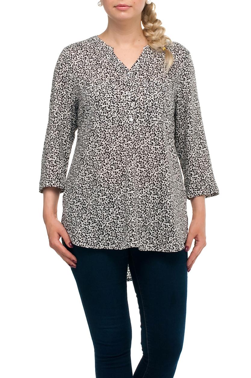 БлузкаБлузки<br>Удлиненная блузка прямого силуэта с фигурной горловиной. Модель выполнена из хлопкового материала. Отличный выбор для повседневного гардероба.   В изделии использованы цвета: белый, черный  Рост девушки-фотомодели 173 см.<br><br>Горловина: Фигурная горловина<br>Застежка: С пуговицами<br>По материалу: Хлопок<br>По рисунку: Растительные мотивы,С принтом,Цветные<br>По сезону: Весна,Зима,Лето,Осень,Всесезон<br>По силуэту: Прямые<br>По стилю: Повседневный стиль<br>По элементам: С фигурным низом<br>Рукав: Рукав три четверти<br>Размер : 48,50,52,58,62,66,68<br>Материал: Хлопок<br>Количество в наличии: 7