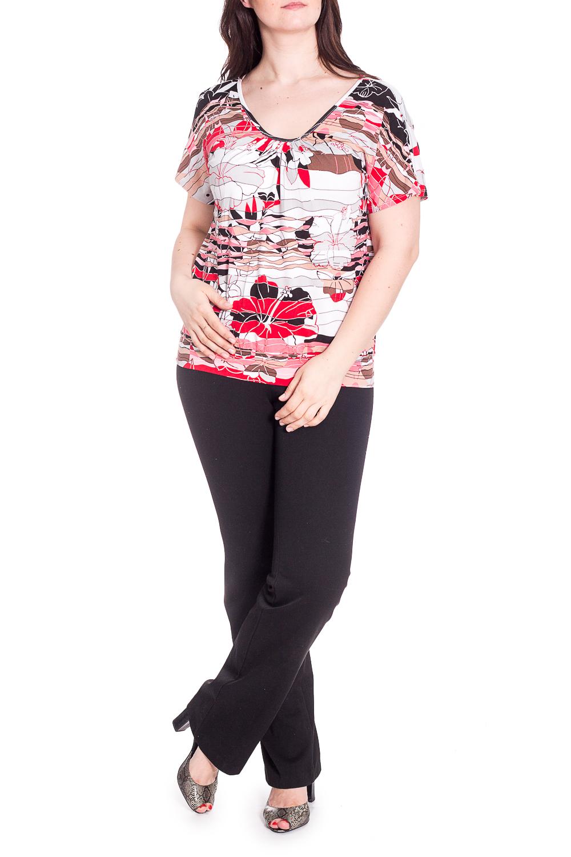 ДжемперБлузки<br>Цветной джемпер с короткими рукавами. Модель выполнена из приятного трикотажа. Отличный выбор для повседневного гардероба.  В изделии использованы цвета: белый, розовый, черный и др.  Рост девушки-фотомодели 180 см.<br><br>Горловина: V- горловина<br>По материалу: Вискоза<br>По рисунку: Растительные мотивы,С принтом,Цветные,Цветочные<br>По сезону: Весна,Зима,Лето,Осень,Всесезон<br>По силуэту: Полуприталенные<br>По стилю: Повседневный стиль<br>Рукав: Короткий рукав<br>Размер : 50,52,54<br>Материал: Вискоза<br>Количество в наличии: 5