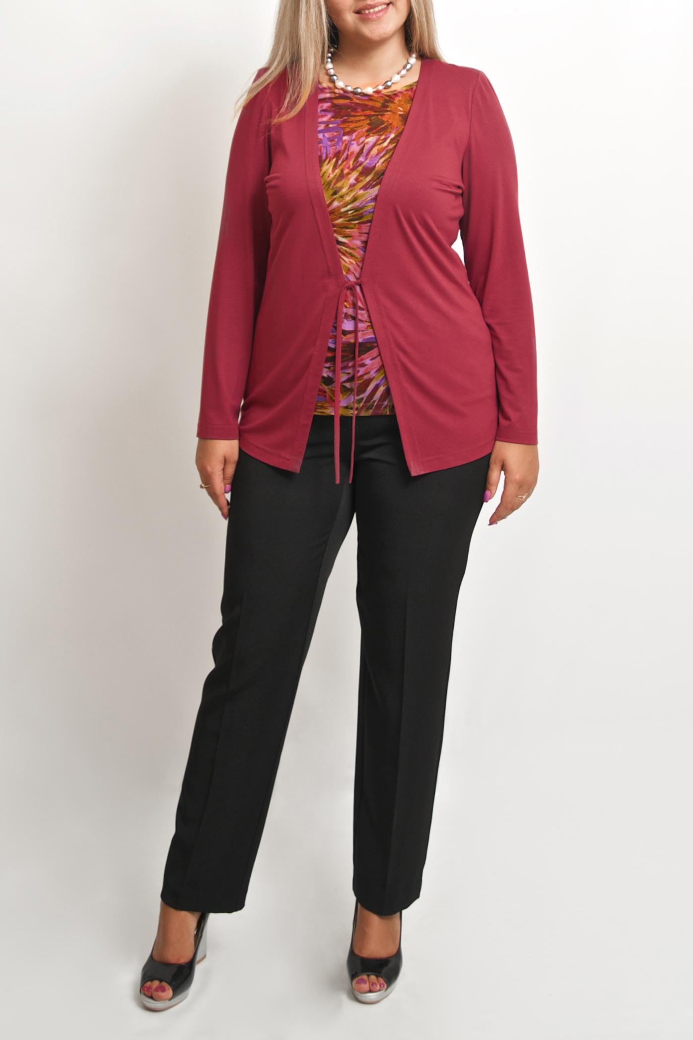 БлузкаБлузки<br>Интересная блузка с имитацией кардигана и блузки. Модель выполнена из приятного материала. Отличный выбор для повседневного гардероба.  В изделии использованы цвета: бордовый и др.  Ростовка изделия 170 см.<br><br>Горловина: С- горловина<br>По материалу: Вискоза,Тканевые<br>По рисунку: С принтом,Цветные<br>По сезону: Весна,Зима,Лето,Осень,Всесезон<br>По силуэту: Полуприталенные<br>По стилю: Повседневный стиль<br>Рукав: Длинный рукав<br>Размер : 48-50,52-56,58-62<br>Материал: Холодное масло + Гипюровая сетка<br>Количество в наличии: 5