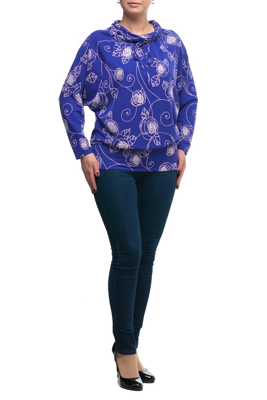 БлузкаБлузки<br>Стильная и элегантная женская блузка. Прекрасно подойдет как для повседневной носки, так и для торжественных мероприятий. Создайте очаровательный комплект, дополнив блузу подходящим низом: брюками или юбками. А подобрав яркое украшение, вы легко сможете превратить обычную блузу в праздничный наряд, привлекающий взгляды окружающих. Данная модель очень хорошо смотрится на любой фигуре, помогая скрыть маленькие недостатки. Отличное качество и разумная цена – оптимальный выбор современных женщин  В изделии использованы цвета: синий, белый  Рост девушки-фотомодели 173 см.<br><br>Воротник: Хомут<br>По материалу: Трикотаж<br>По рисунку: Растительные мотивы,С принтом,Цветные,Цветочные<br>По сезону: Весна,Зима,Лето,Осень,Всесезон<br>По силуэту: Полуприталенные<br>По стилю: Повседневный стиль<br>По элементам: С декором<br>Рукав: Длинный рукав<br>Размер : 48,50,56,60,62,64,66,68,70<br>Материал: Трикотаж<br>Количество в наличии: 9