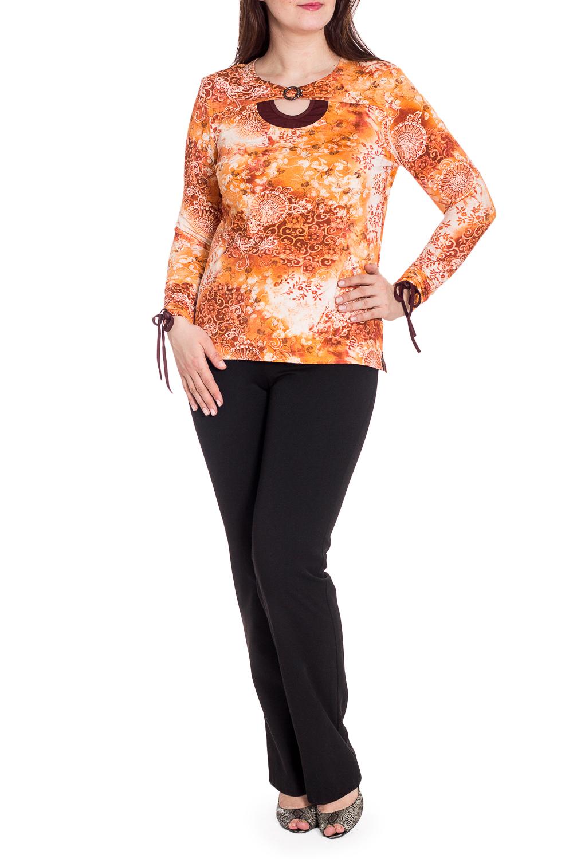 БлузкаБлузки<br>Яркая блузка с длинными рукавами и декором у горловины. Модель выполнена из мягкой вискозы. Отличный выбор для любого случая.  В изделии использованы цвета: оранжевый и др.  Рост девушки-фотомодели 180 см<br><br>Горловина: С- горловина<br>По материалу: Вискоза<br>По рисунку: С принтом,Цветные<br>По сезону: Весна,Осень,Зима,Лето,Всесезон<br>По силуэту: Полуприталенные<br>По стилю: Повседневный стиль<br>По элементам: С декором<br>Рукав: Длинный рукав<br>Размер : 50,52,54,56,58<br>Материал: Вискоза<br>Количество в наличии: 5