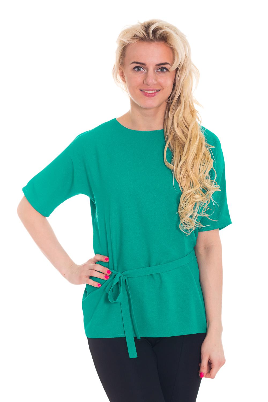 БлузкаБлузки<br>Нарядная блузка из тонкого эластичного атласа. Прямой силуэт, талию можно подчеркнуть поясом, цельнокройный рукав чуть не доходит до локтя. Блузка без пояса.  Цвет: зеленый  Рост девушки-фотомодели 170 см.<br><br>По образу: Город,Офис,Свидание<br>По стилю: Офисный стиль,Повседневный стиль<br>По материалу: Тканевые<br>По рисунку: Однотонные<br>По сезону: Всесезон,Весна,Зима,Лето,Осень<br>По силуэту: Прямые<br>Рукав: Короткий рукав<br>Горловина: С- горловина<br>Размер: 44,46,48,50<br>Материал: 60% полиэстер 35% вискоза 5% эластан<br>Количество в наличии: 4