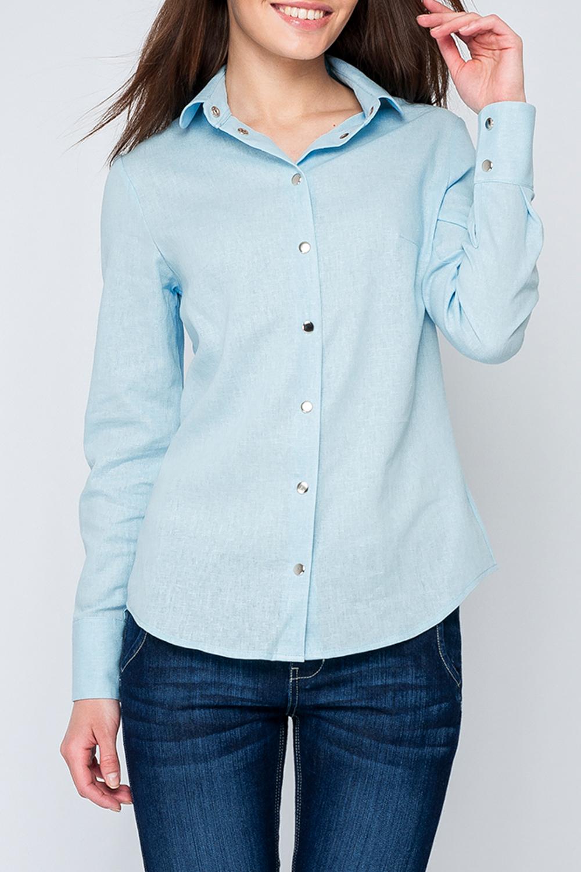 РубашкаРубашки<br>Классическая рубашка с длинными рукавами и застежкой на кнопки.  Параметры изделия:  44 размер: обхват груди - 95,5 см, обхват по линии бедер - 102,5 см, длина по спинке - 66 см, длина рукава - 60 см; 52 размер: обхват груди - 111,5 см, обхват по линии бедер - 118,5 см, длина по спинке - 69 см, длина рукава - 61 см  Цвет: голубой  Рост девушки-фотомодели 170 см<br><br>Воротник: Рубашечный<br>Застежка: С кнопками<br>По материалу: Лен<br>По рисунку: Однотонные<br>По сезону: Весна,Зима,Лето,Осень,Всесезон<br>По силуэту: Полуприталенные<br>По стилю: Классический стиль,Офисный стиль,Повседневный стиль<br>По элементам: С манжетами<br>Рукав: Длинный рукав<br>Размер : 40<br>Материал: Лен<br>Количество в наличии: 1