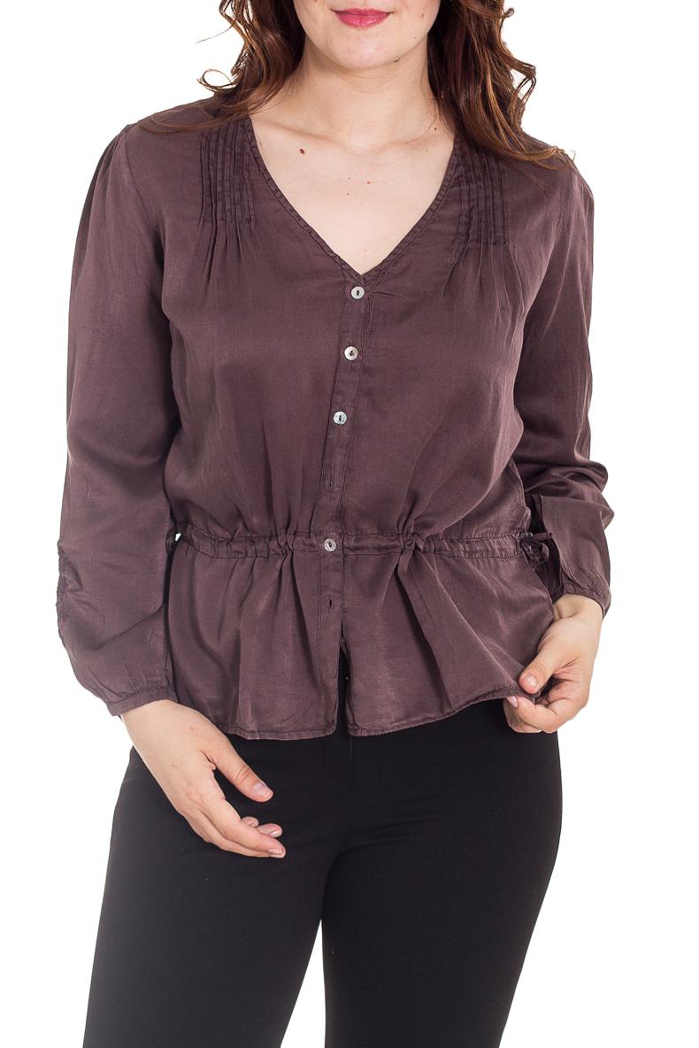 БлузкаБлузки<br>Чудесная блузка с длинными рукавами. Модель выполнена из приятного материала. Отличный выбор для повседневного гардероба.  Цвет: коричневый  Рост девушки-фотомодели 180 см.<br><br>Горловина: С- горловина<br>По материалу: Шелк<br>По рисунку: Однотонные<br>По сезону: Весна,Зима,Лето,Осень,Всесезон<br>По силуэту: Полуприталенные<br>По стилю: Повседневный стиль<br>По элементам: С декором<br>Рукав: Длинный рукав<br>Размер : 44,46,48,50<br>Материал: Шелк<br>Количество в наличии: 11