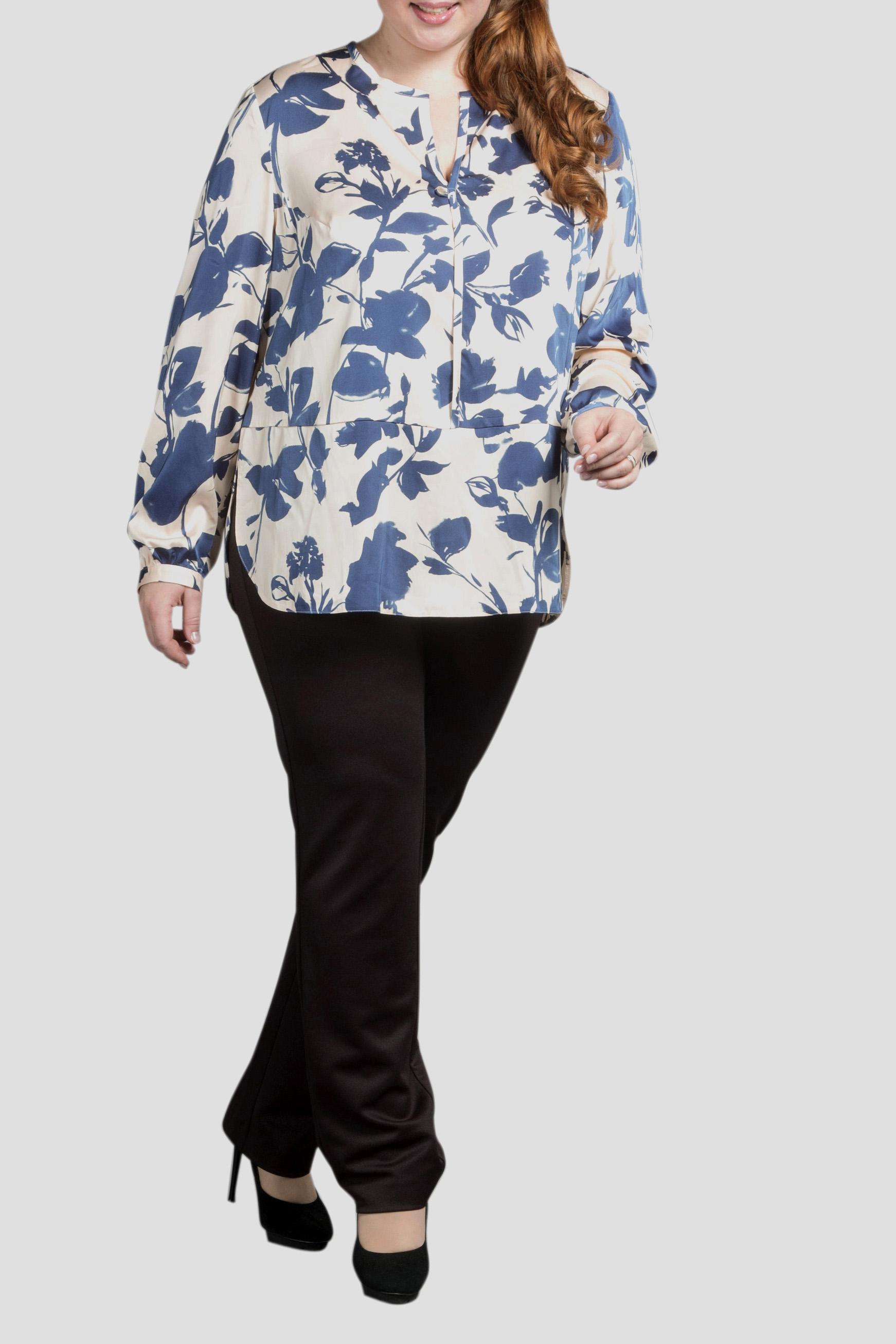 БлузкаБлузки<br>Повседневная одежда должна выполнять не только защитную, но и декоративную функцию, скрывая недостатки и подчеркивая достоинства. Поэтому одежда для полных должна быть прямого или свободного силуэта.  Чудесная блузка свободного силуэта.  Цвет: белый, синий  Ростовка изделия 170 см.<br><br>По материалу: Атлас,Вискоза<br>По образу: Свидание,Город<br>По рисунку: Растительные мотивы,С принтом,Цветные,Цветочные<br>По сезону: Весна,Зима,Лето,Осень,Всесезон<br>По силуэту: Свободные<br>По стилю: Повседневный стиль<br>По элементам: С манжетами<br>Рукав: Длинный рукав<br>Горловина: Фигурная горловина<br>Размер : 52,54,58,62,64,66<br>Материал: Атлас<br>Количество в наличии: 6