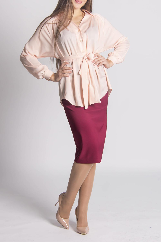 БлузкаБлузки<br>Красивая блузка свободного силуэта.  Модель выполнена из приятной блузочной ткани. Отличный выбор для любого случая. Блузка без пояса  Цвет: нежно розовый  Длина по спинке: 44-69 см 46-70 см 48-70 см 50-72 см 52-73 см 54-74 см  Длина рукава (длина рукава + длина плеча): 44-69 см 46-70 см 48-71 см 50-72 см 52-73 см 54-74 см 54-67 см 56-68 см<br><br>Горловина: V- горловина<br>Застежка: С пуговицами<br>По материалу: Тканевые<br>По рисунку: Однотонные<br>По сезону: Весна,Всесезон,Зима,Лето,Осень<br>По силуэту: Полуприталенные<br>По стилю: Повседневный стиль,Романтический стиль<br>Рукав: Длинный рукав<br>Размер : 44,46,48,50,52<br>Материал: Блузочная ткань<br>Количество в наличии: 6