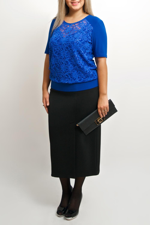 БлузкаБлузки<br>Повседневно - нарядные блузки идеально подходят как для романтичных встреч, так и для походов в кафе с Вашими подругами. Изделие выполнено из струящегося трикотажа, который прекрасно садится по любой фигуре.  Цвет: синий.  Ростовка изделия 170 см.<br><br>Горловина: С- горловина<br>По материалу: Гипюр,Трикотаж<br>По рисунку: Однотонные<br>По сезону: Весна,Зима,Лето,Осень,Всесезон<br>По силуэту: Полуприталенные<br>По стилю: Нарядный стиль,Повседневный стиль<br>По элементам: С декором<br>Рукав: До локтя,Короткий рукав<br>Размер : 44-46,48-50<br>Материал: Холодное масло + Гипюр<br>Количество в наличии: 2