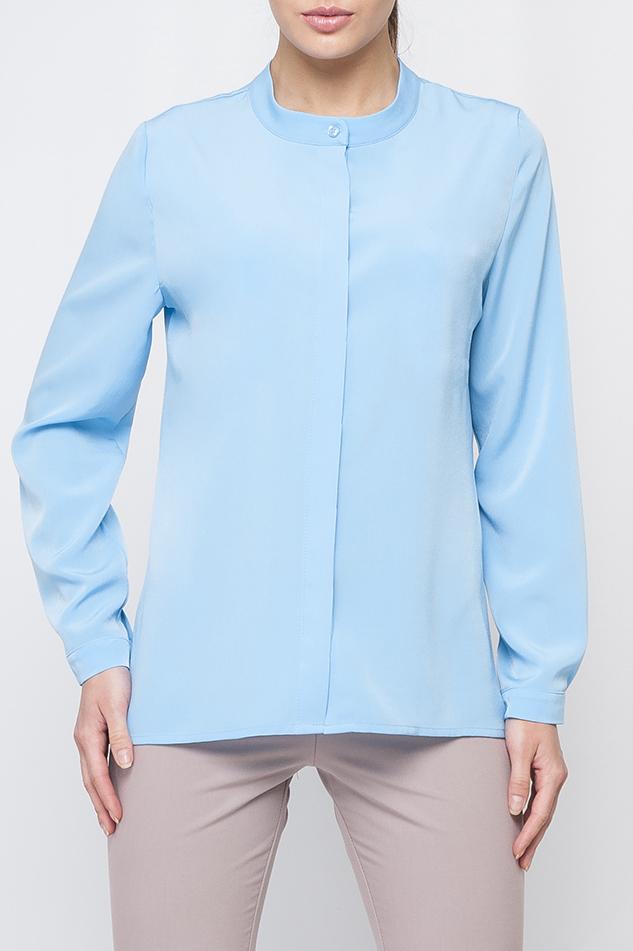 БлузкаБлузки<br>Однотонная блузка прямого силуэта с длинными рукавами и застежкой на пуговицы. Отличный выбор для любого случая. Блузка без пояса.  Параметры изделия:  44 размер: обхват по линии груди 102 см, обхват по линии бедер 103 см, длина по спинке - 64,2 см, длина рукава - 59 см;  52 размер: обхват по линии груди 118 см, обхват по линии бедер 119 см, длина по спинке - 68,5 см, длина рукава - 60 см  Цвет: голубой  Рост девушки-фотомодели 170 см<br><br>Горловина: С- горловина<br>Застежка: С пуговицами<br>По материалу: Блузочная ткань<br>По образу: Город,Офис,Свидание<br>По рисунку: Однотонные<br>По сезону: Весна,Зима,Лето,Осень,Всесезон<br>По силуэту: Прямые<br>По стилю: Офисный стиль,Повседневный стиль<br>Рукав: Рукав три четверти<br>Размер : 52,54<br>Материал: Блузочная ткань<br>Количество в наличии: 2