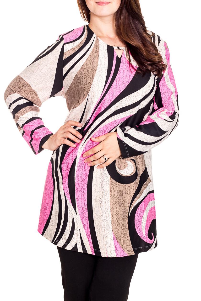 БлузкаБлузки<br>Удлиненная блузка с длинными рукавами. Модель выполнена из приятного трикотажа. Отличный выбор для повседневного гардероба.  Цвет: розовый, бежевый, черный  Рост девушки-фотомодели 180 см<br><br>Горловина: С- горловина<br>По материалу: Вискоза,Трикотаж<br>По рисунку: С принтом,Цветные<br>По сезону: Весна,Зима,Лето,Осень,Всесезон<br>По силуэту: Прямые<br>По стилю: Повседневный стиль<br>По элементам: С декором<br>Рукав: Длинный рукав<br>Размер : 64,70,76<br>Материал: Трикотаж<br>Количество в наличии: 3