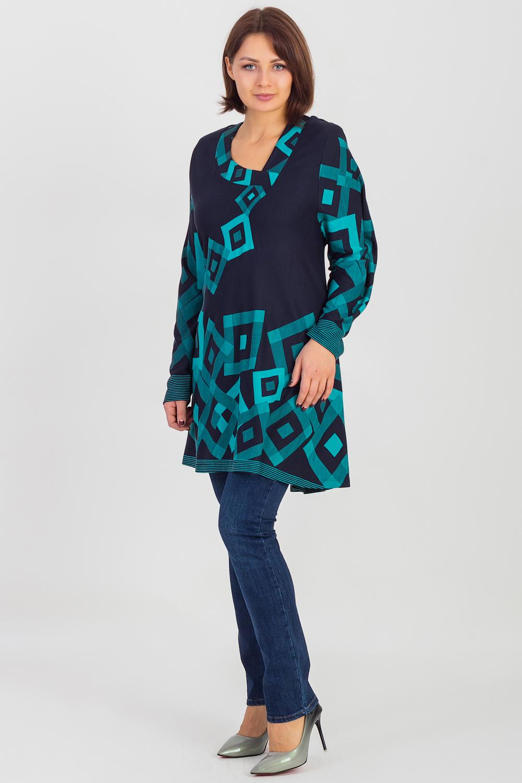 ТуникаТуники<br>Красивая туника с длинными рукавами и асимметричной горловиной. Модель выполнена из приятного трикотажа. Отличный выбор для повседневного гардероба.  Цвет: синий, зеленый  Рост девушки-фотомодели 180 см.<br><br>По материалу: Вискоза,Трикотаж<br>По образу: Город,Свидание<br>По рисунку: Геометрия,Цветные,С принтом<br>По сезону: Весна,Осень,Зима<br>По силуэту: Полуприталенные<br>По стилю: Повседневный стиль<br>Рукав: Длинный рукав<br>Горловина: Фигурная горловина<br>Размер : 60,62,64,66,68,72,74,76,78<br>Материал: Холодное масло<br>Количество в наличии: 12